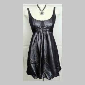 Carmen Marc Valvo Dress Size Medium